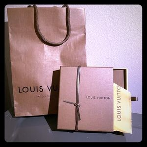 Louis Vuitton Gift Bag Set